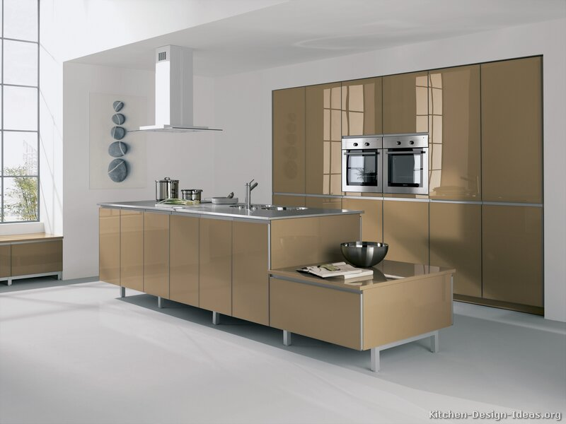 Pictures of Kitchens  Modern  Beige Kitchen Cabinets (Kitchen #2)