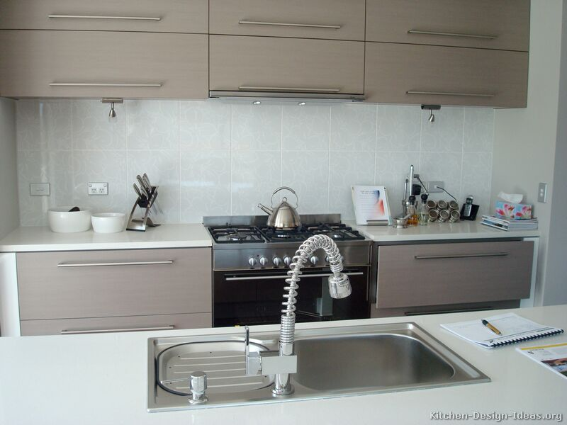 pictures of kitchens modern beige kitchen cabinets
