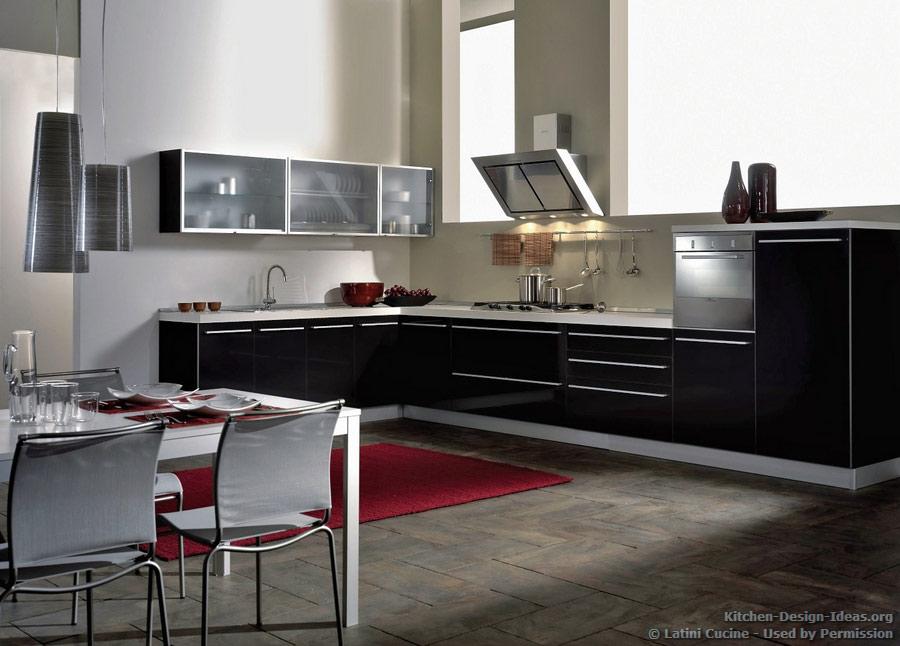 Latini cucine classic modern italian kitchens for Italian kitchen cabinets online