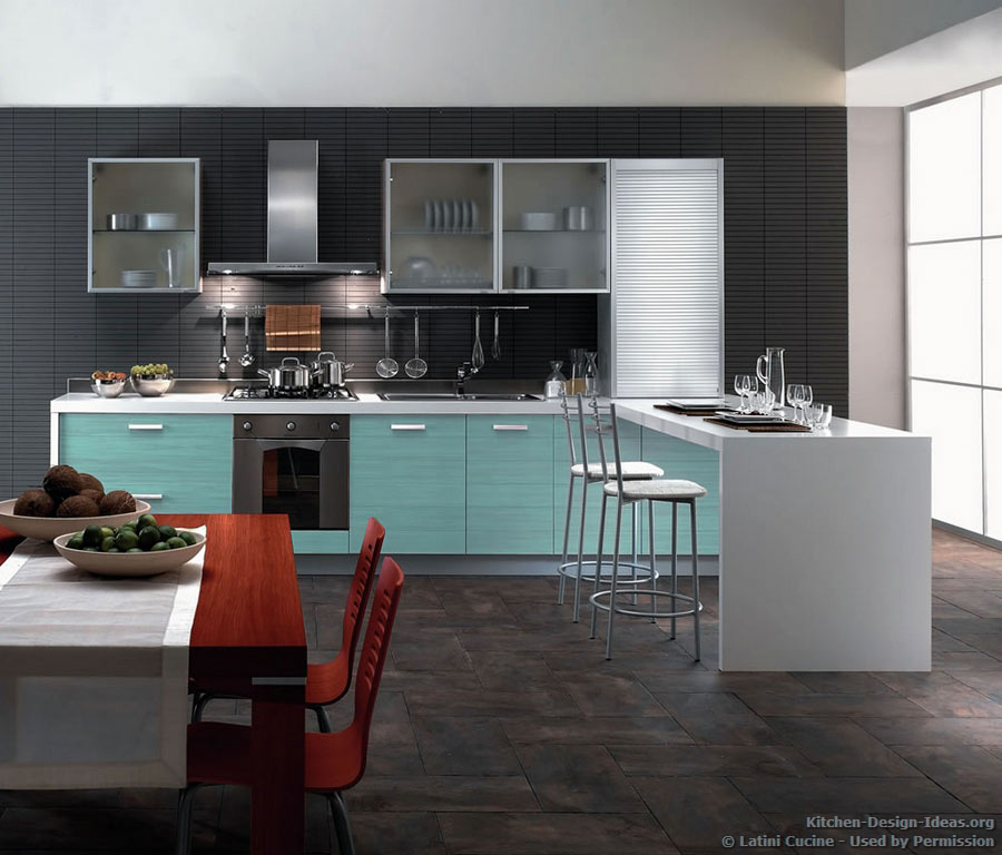 Latini cucine classic modern italian kitchens for Tiffany blue kitchen ideas