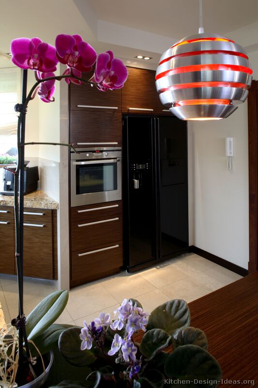 05, Modern Kitchen Designs