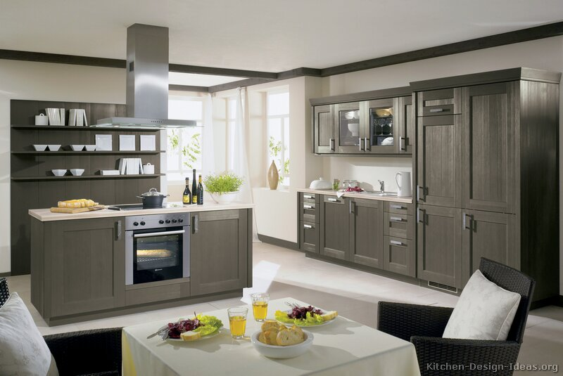French grey shaker kitchen and grey kitchens on pinterest - Kitchen island color ideas ...