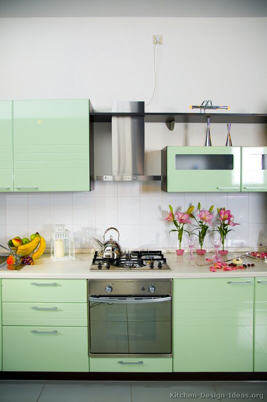Tips For Kitchen Color Ideas: Green Kitchen Cabinets