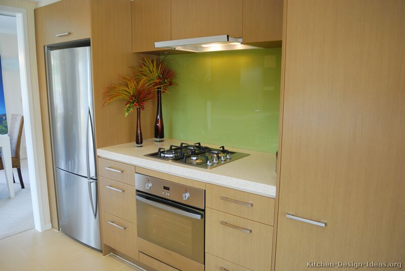 Modern light wood kitchen cabinets pictures design ideas for Modern green kitchen designs
