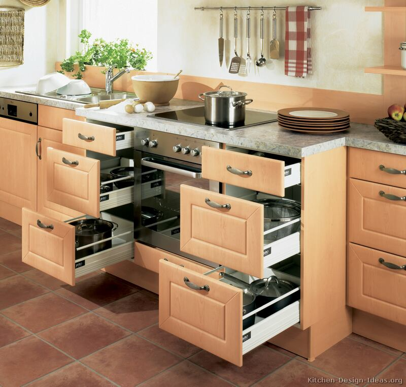 Pictures of kitchens modern light wood kitchen for Kitchen cabinet drawers