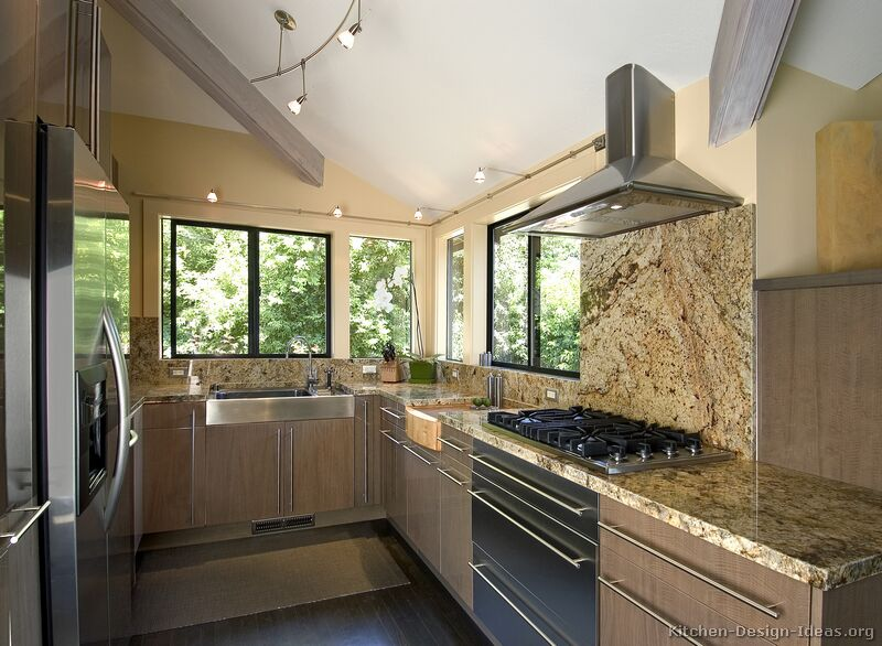 31, Modern Light Wood Kitchen