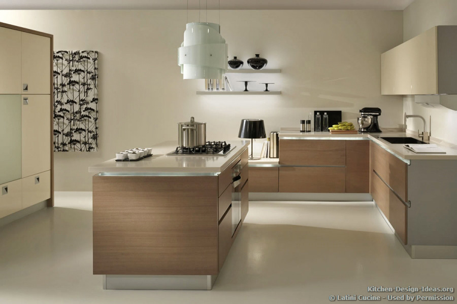 Modern Italian Kitchen by Latini Cucine