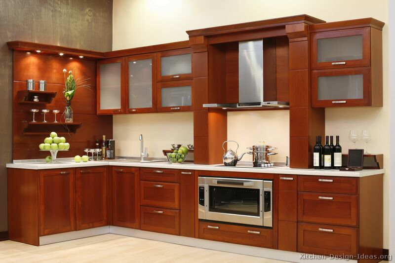 Pictures of kitchens modern medium wood kitchen cabinets for Wooden kitchen cupboards