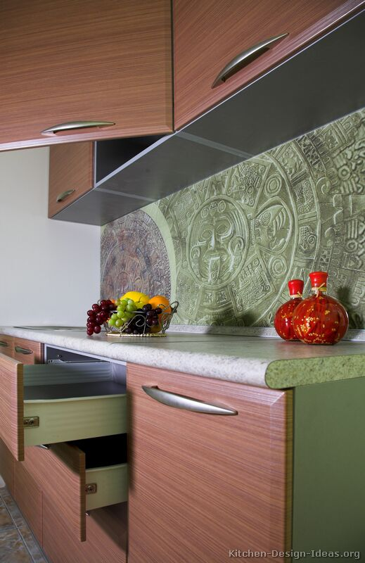 A Unique Printed Glass Backsplash