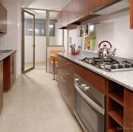 Modern Medium Wood Kitchen