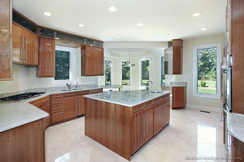 Pictures of kitchens modern medium wood kitchen for Kitchen cabinet wood colors