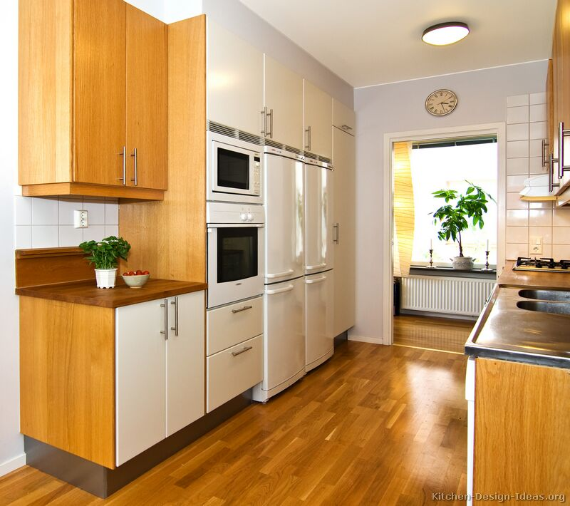 Pictures of kitchens modern two tone kitchen cabinets for Kitchen cabinets 2 tone