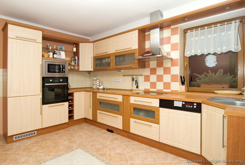 Pictures of kitchens modern two tone kitchen cabinets for Kitchen corner design