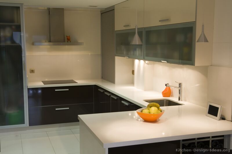 Two tone kitchen cabinets black and white - Of Kitchens Modern Two Tone Kitchen Cabinets Kitchen 46