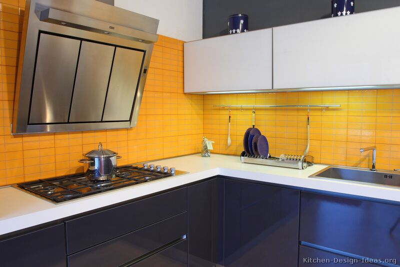 Impressive Blue Kitchen Cabinets with Yellow Walls 800 x 533 · 52 kB · jpeg