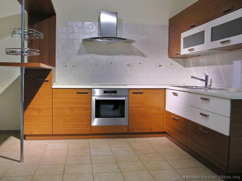 pictures of kitchens modern two tone kitchen cabinets. Black Bedroom Furniture Sets. Home Design Ideas