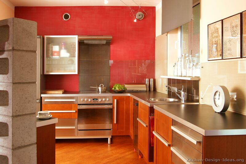 TT35 [+] More Pictures · Modern Stainless Steel Kitchen