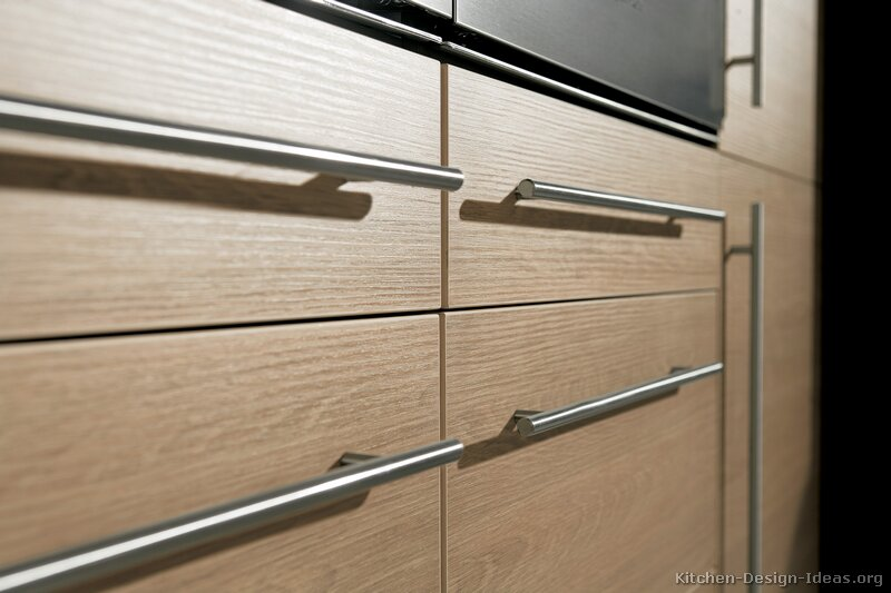 Fresh Idea To Design Your Mm Crystal Cabinet Cabinets Crystal Modern Kitchen Handles Kitchen