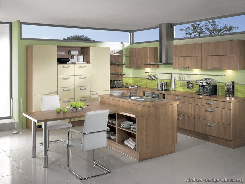 Pictures of Kitchens - Modern - Two-Tone Kitchen Cabinets (Kitchen #179)