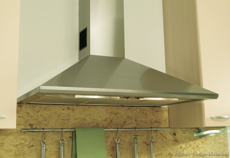 Pictures of Kitchens - Modern - Two-Tone Kitchen Cabinets (Kitchen #215)