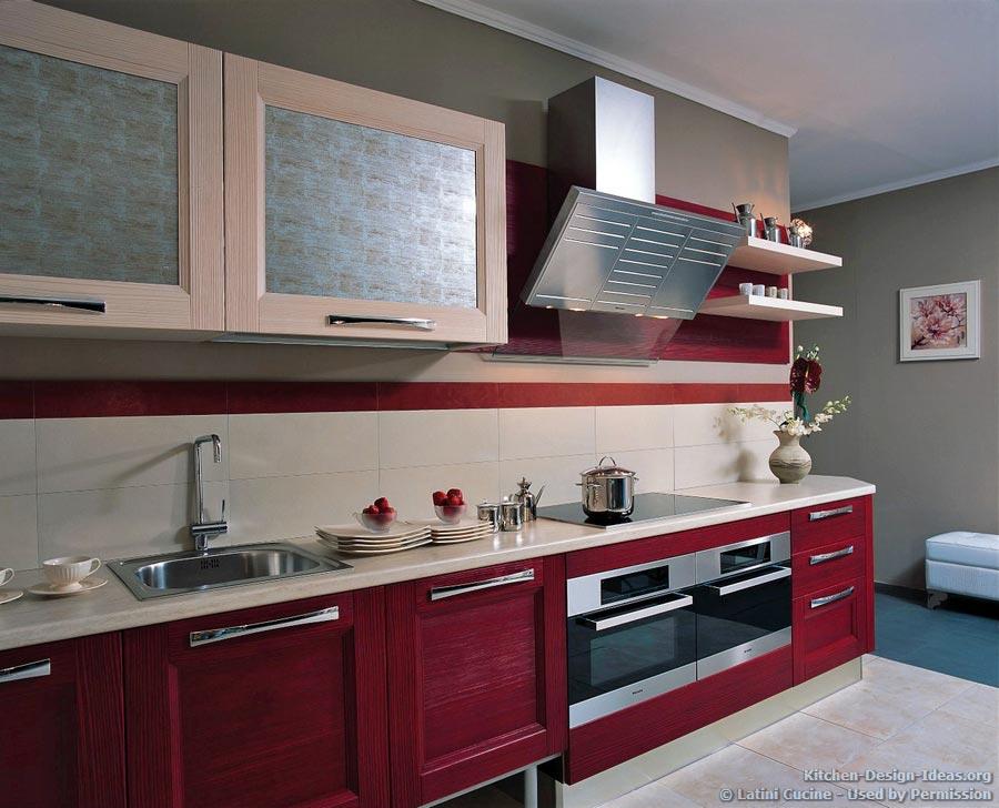 Modern Italian Kitchen By Latini Cucine