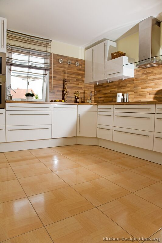 01, Modern White Kitchen