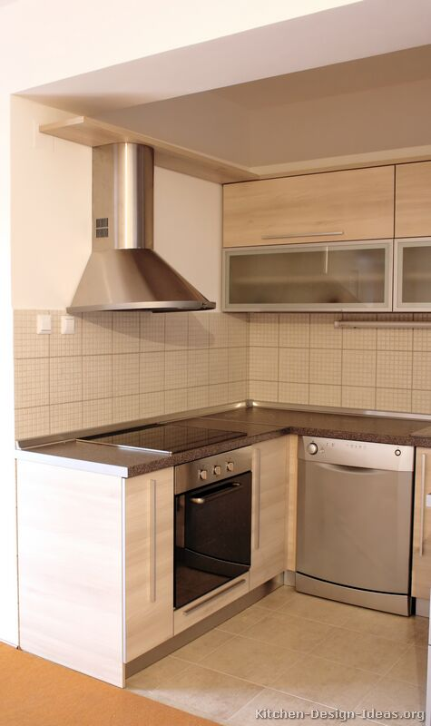 Whitewash Kitchen Cabinets : Pictures of Kitchens - Modern - Whitewashed Cabinets