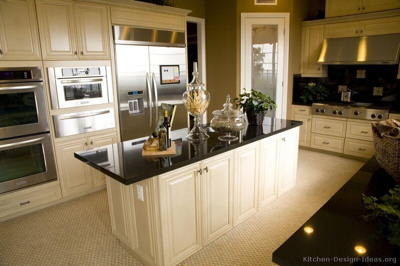 Of Kitchens Traditional Off White Antique Kitchens Kitchen 10