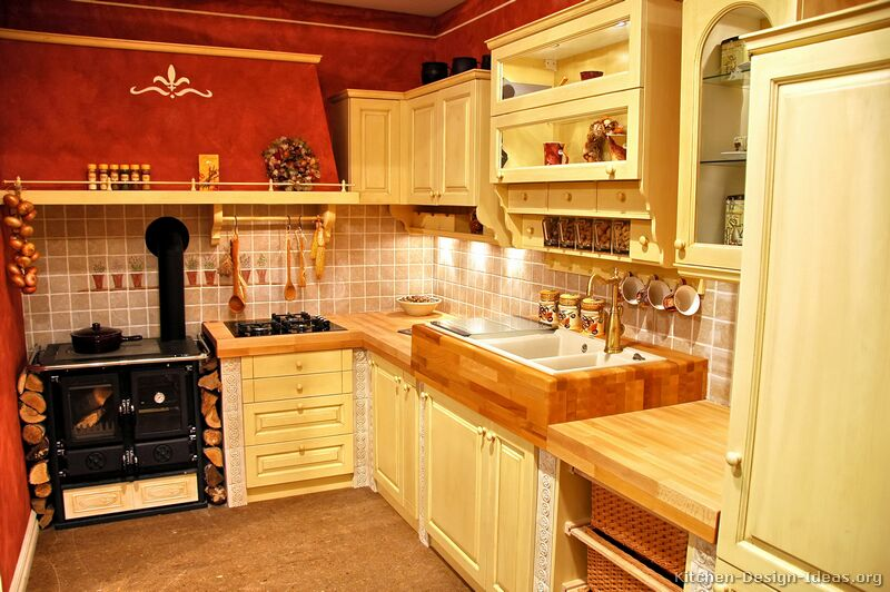 French country kitchens photo gallery and design ideas for Small country kitchen