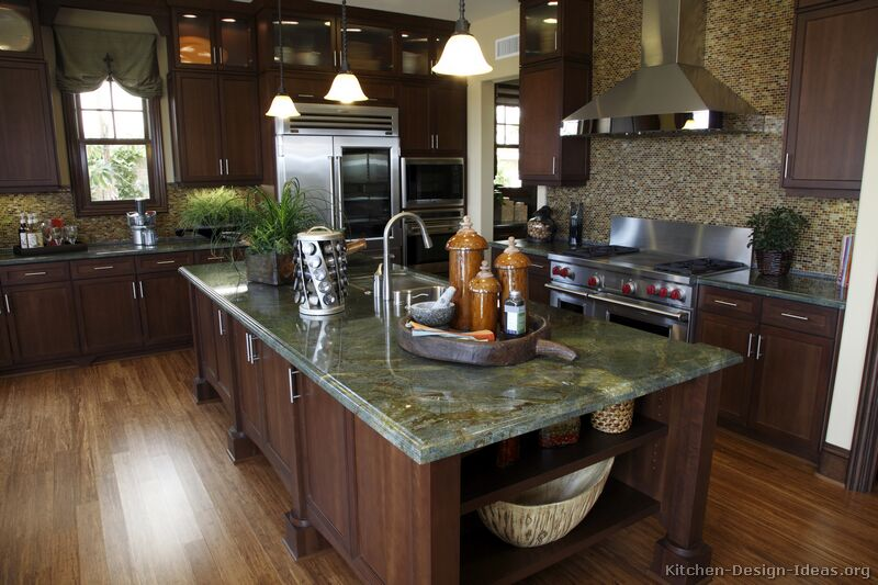 Kitchen countertops ideas photos granite quartz laminate for Granite countertop kitchen ideas
