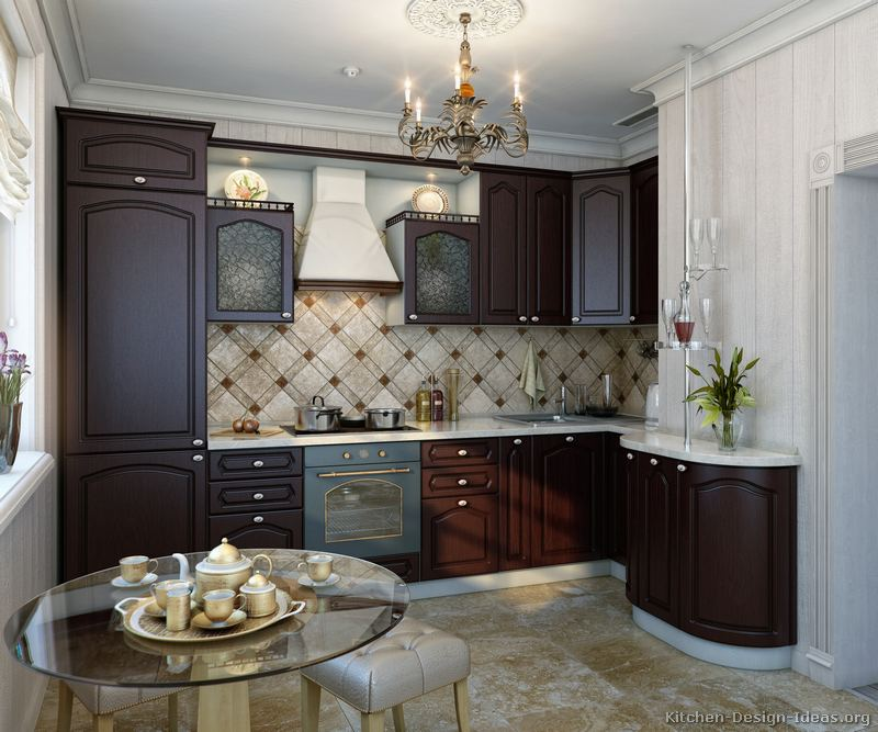 Italian kitchen design traditional style cabinets decor for Traditional dark kitchen cabinets