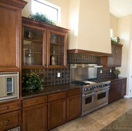 Traditional Dark Wood (Golden Brown) Kitchens