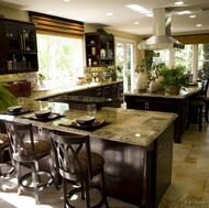 Traditional Dark Wood (Nearly Black) Kitchens