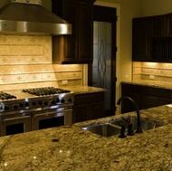 Traditional Dark Wood / Black / Espresso Kitchen