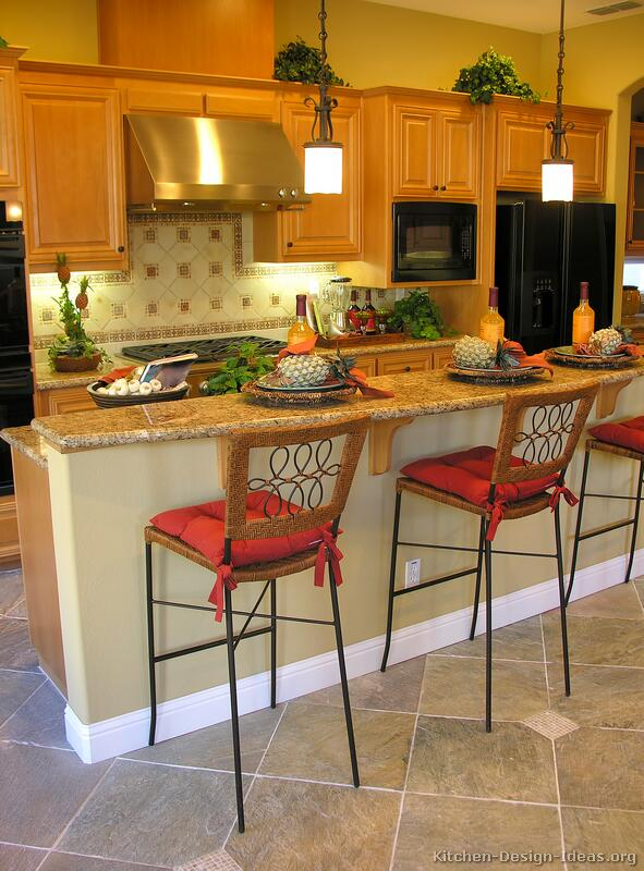 of Kitchens  Traditional  Light Wood Kitchen Cabinets (Kitchen #7