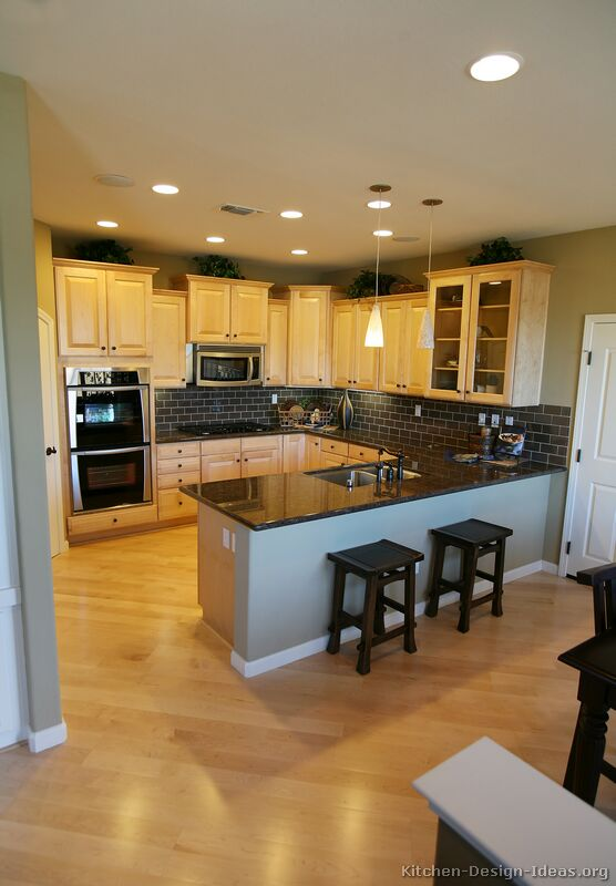 Amazing Maple Wood Kitchen Cabinets 556 x 800 · 55 kB · jpeg