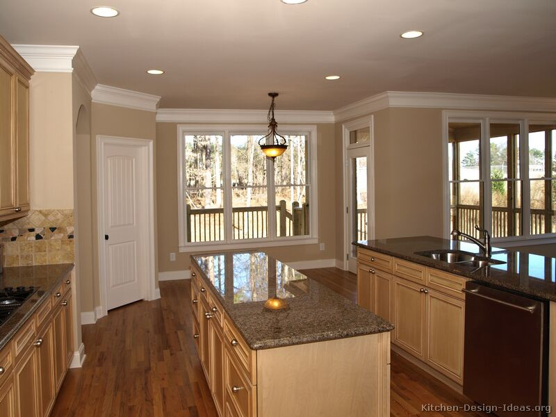 Kitchen Counter Remodel : ... of Kitchens - Traditional - Light Wood Kitchen Cabinets (Kitchen #17