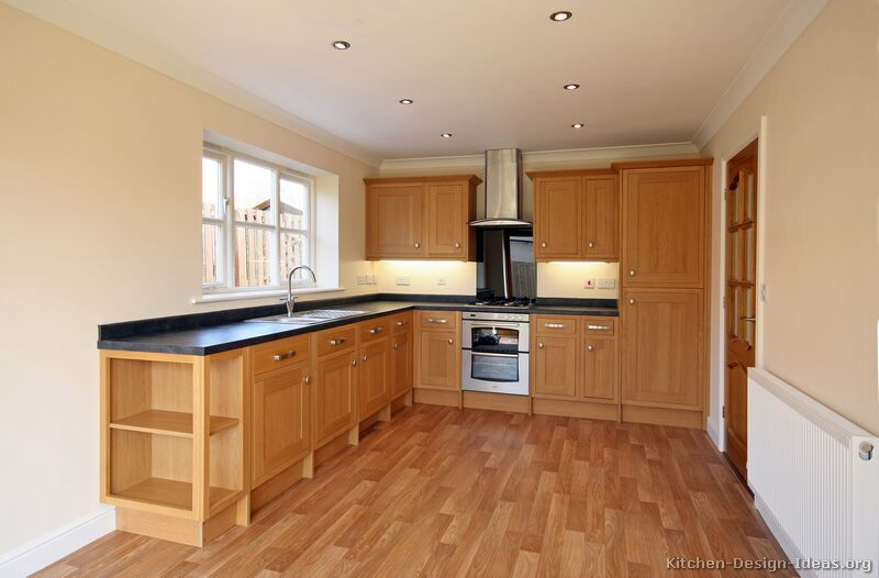22 More Pictures Traditional Light Wood Kitchen