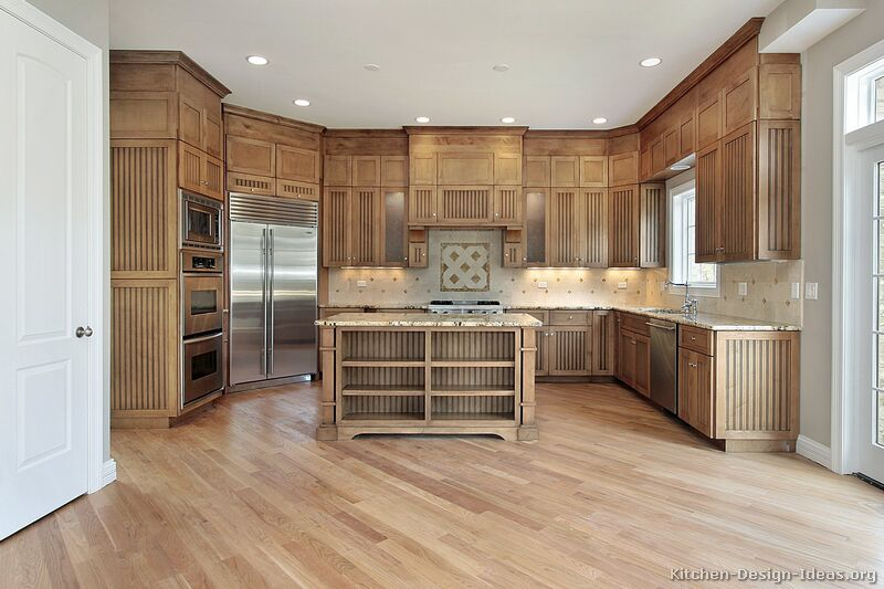 Tan Kitchen Cabinets. 94  Traditional Light Wood Kitchen Pictures of Kitchens Cabinets
