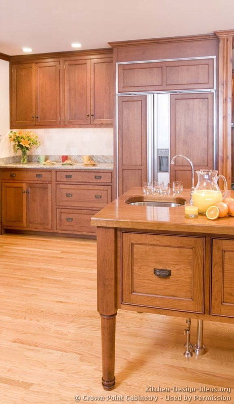 of Kitchens  Traditional  Light Wood Kitchen Cabinets (Kitchen #124
