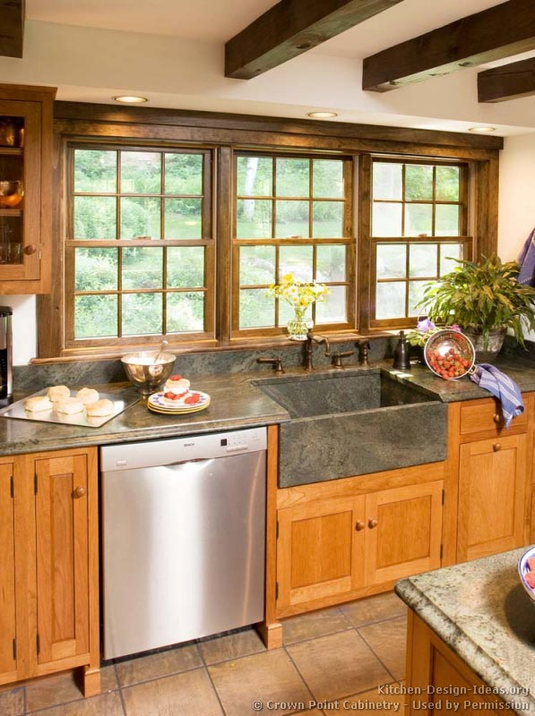 Shaker Kitchen Cabinets - Door Styles, Designs, and Pictures on shaker homes, shaker cottage kitchen, shaker transitional kitchen, shaker barn, shaker contemporary kitchen, shaker living room, shaker bedroom, shaker dining room, shaker traditional kitchen,