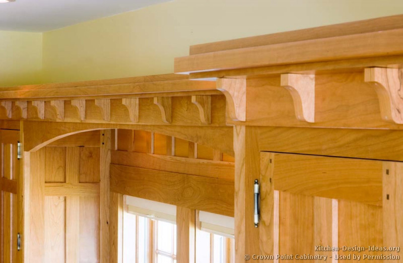 Craftsman crown molding crowdbuild for for Kitchen molding ideas