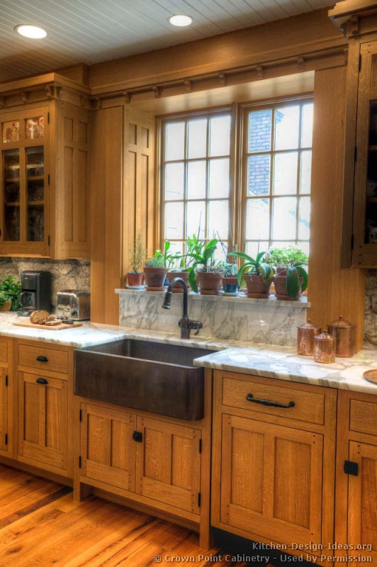 Mission style kitchens designs and photos for Kitchen pictures with oak cabinets