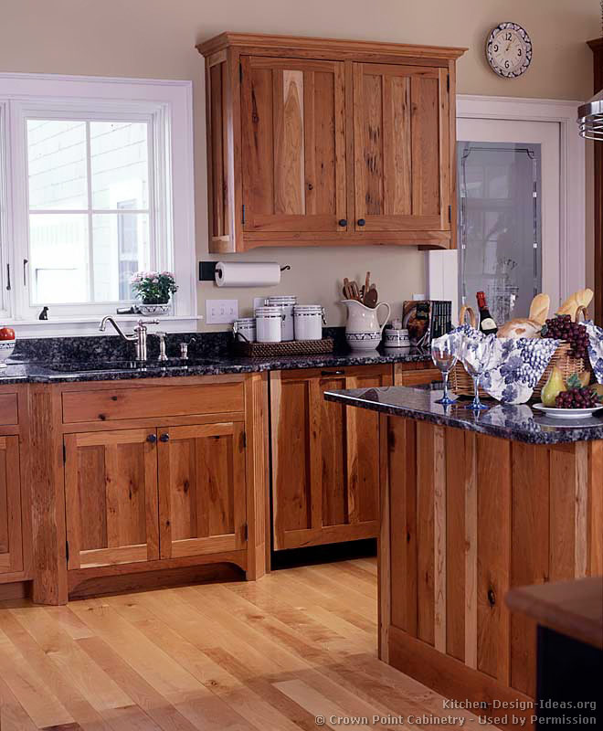 of Kitchens  Traditional  Light Wood Kitchen Cabinets (Kitchen #136