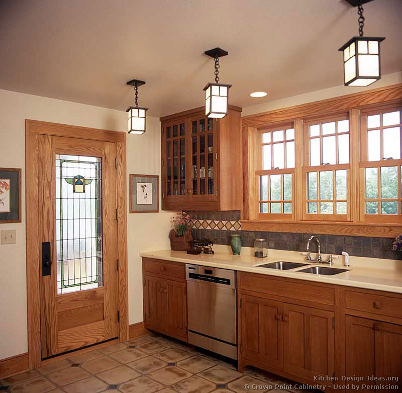 Arts crafts style kitchen cabinets kitchen ideas - Craftsman kitchen design ...