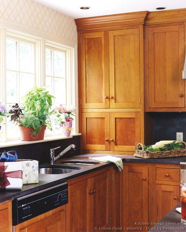 Style Kitchen Cabinets Traditional Style Kitchen Cabinets Androidtop