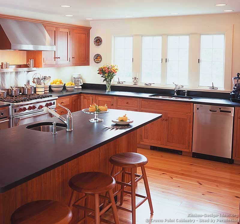 Shaker Kitchen Cabinets - Door Styles, Designs, and Pictures