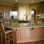 Traditional Medium Wood (Brown) Kitchen