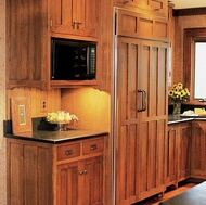 Traditional Medium Wood (Brown) Kitchen