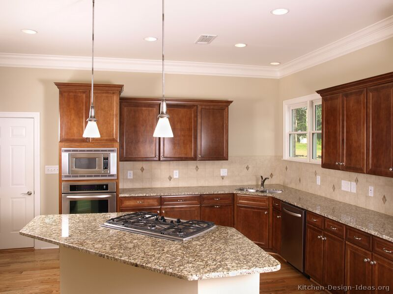 Pictures of kitchens traditional medium wood cherry - Faience cuisine beige ...